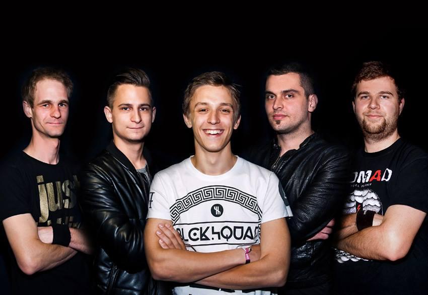 POD 2017: Tagok (balról-jobbra): Fördős István - dob, Pohl Dávid - gitár, Szokodi Zoltán - ének, Bércesi Dániel - gitár és Prekker János - basszusgitár.