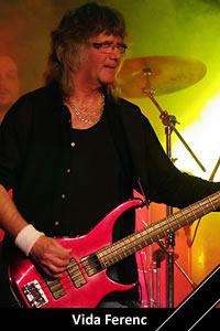 Vida Ferenc: basszusgitár, zenekarvezető (1972–1992, 2000–2005) († 2017)
